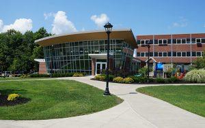 Schools Institutions University College 300x188 1